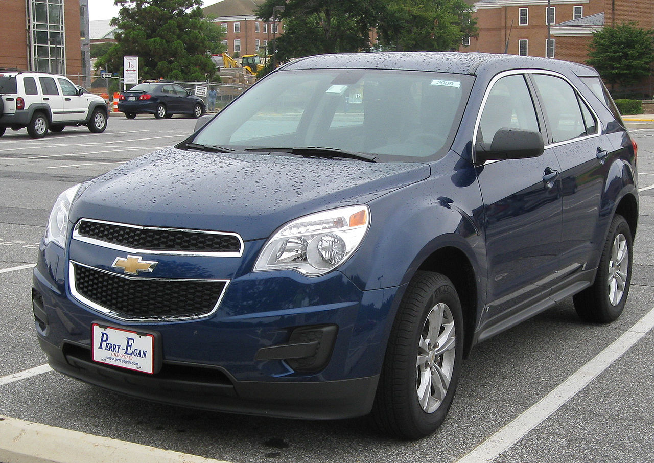 File:2010 Chevrolet Equinox LS 1 -- 08-29-2009.jpg - Wikimedia Commons