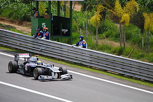 2011 Brazilian Grand Prix - Rubens Barrichello finished fourteenth for Williams in his 326th and final race in Formula One.