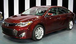 2013 Toyota Avalon -- 2012 NYIAS.JPG