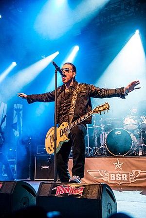 Ricky Warwick - Ricky Warwick with Black Star Riders at the Rock Hard Festival 2015