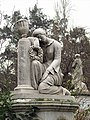 2017 Santiago de Chile - Estatuas en el Cementerio General.jpg