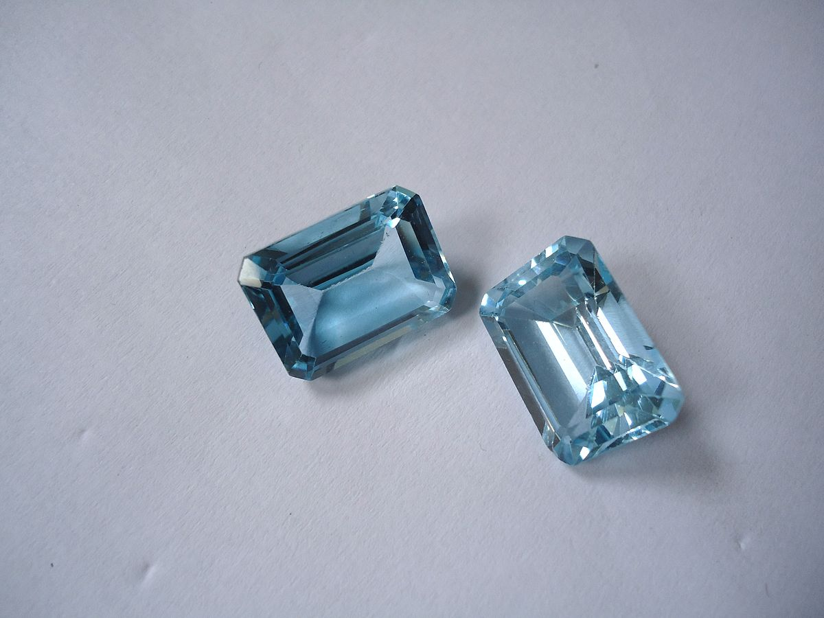 2 blue topaz crystals.jpg