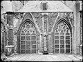 2 ramen in de oost wand van de kooromgang - Breda - 20040264 - RCE.jpg