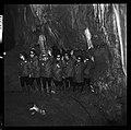 "5.7.65. Les ""recluses"" des grottes de Lacave (Lot) sortent (1965) - 53Fi5104.jpg"