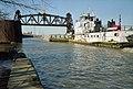 A6b008 9mp Tom Behringer approaching L&I Bridge (6463290439).jpg
