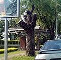 A dead tamarin tree on Rama 5 road bangkok.JPG