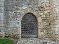 Ajat château portail est.JPG