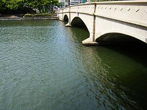 Ala Wai Canal - Kalakaua Avenue bridge over the Ala Wai