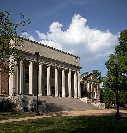 Amelia Gayle Gorgas Library on the Quad - University of Alabama