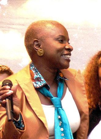 Beninese Americans - Image: Angélique Kidjo(Jarvin)