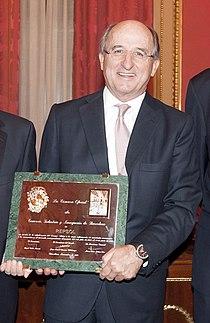 Antoni Brufau, Lliurament del Premi Llotja 2010 a Repsol YPF, 23 de maig de 2011.jpg