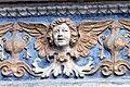Aosta Kathedrale - Portal 6 Engel.jpg