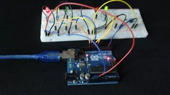Plik:Arduino interactive traffic lights Polish.webm