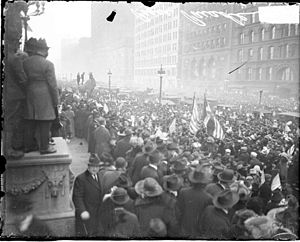Historic Michigan Boulevard District - Armistice Day parade 1918