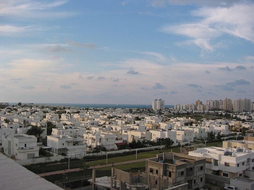 Het stedelijk landschap van Asjdod
