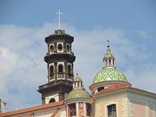 La cupola e il campanile della Collegiata di Santa Maria Maddalena