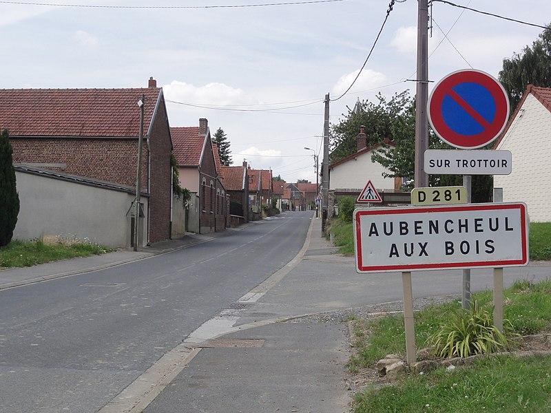 Aubencheul-aux-Bois (Aisne) city limit sign