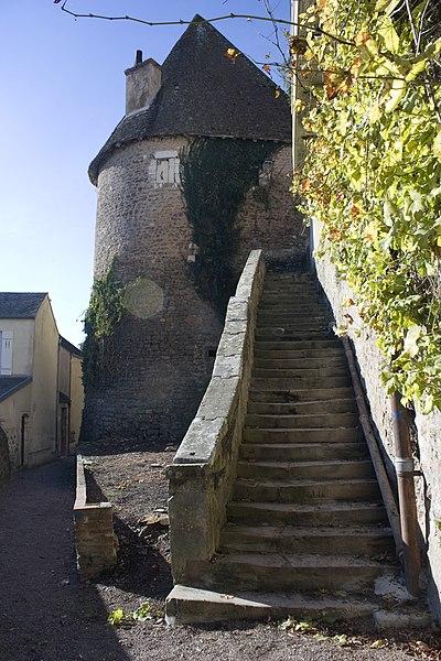 La tour de l' Escharguet, sur les remparts de la ville.