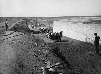 Avalon Dam - Construction of today's dam in 1907