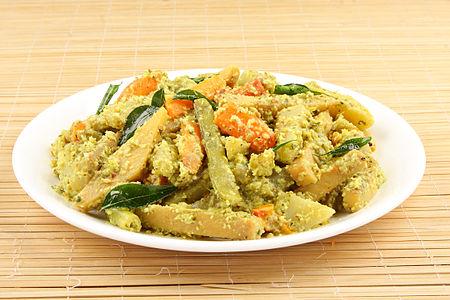 Aviyal,Kerala cuisine.jpg