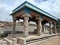 Avur agatheeswar temple mandapam.jpg