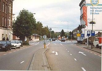 Bundesstraße 1 - Image: B1 Anfang Aachen 01