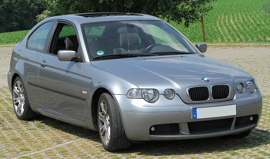 file bmw 316ti compact m sportpaket e46 facelift front 1 wikimedia commons. Black Bedroom Furniture Sets. Home Design Ideas