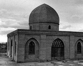 Baba Tahir - Old mausoleum of Baba Tahir in Hamadan