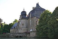 Bais 53 - Château de Montesson 03.jpg