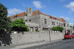 Barford Court, Princes Crescent, Hove (IoE Code 365555).jpg