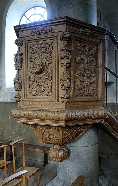 Chaire dans l'église de Bartherans (Doubs).