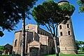 Basilica di Sant'Apollinare in Classe 4.jpg