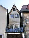 Bayreuth - schmales altes Wohnhaus.jpg