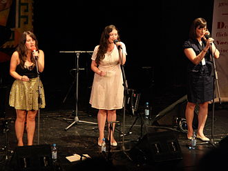The Unthanks - Becky and Rachel Unthank with Niopha Keegan at TFF Rudolstadt, 2009