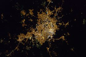 Belo Horizonte at night.jpg