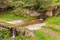 Bergtocht van Cogolo di Peio naar M.ga Levi in het Nationaal park Stelvio (Italië). Begeleide waterval over de bergweg 01.jpg