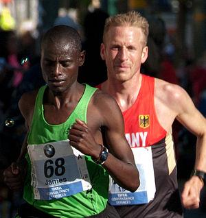 Jan Fitschen - Image: Berlin marathon 2012 am kleistpark between kilometers 21 and 22 30.09.2012 10 12 005 2
