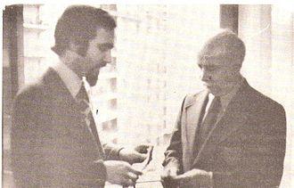 """Charles Berlitz - Charles Berlitz (right) with Antonio Las Heras (""""Pájaro de Fuego"""" magazine)"""