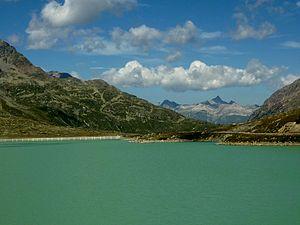 Bernina Pass - Image: Bernina Pass (& Lago Bianco)