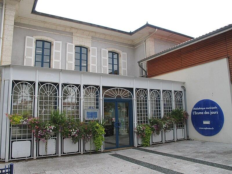 The library of Capbreton (Landes, France)