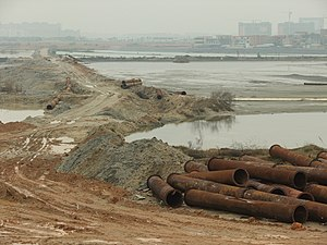 Tong'an District - Land reclamation in progress in Bingzhou (丙州) Peninsula (formerly, island) of the Dongzui Bay