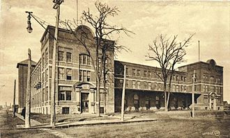 Viauville - The Viauville cookie factory in 1910.