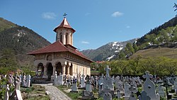 Biserica Sf. Nicolae din Câinenii Mici.JPG