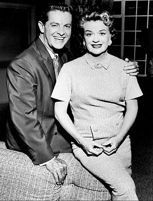 The Bob Cummings Show - Bob (Bob Cummings) and Margaret (Rosemary DeCamp) in The Bob Cummings Show