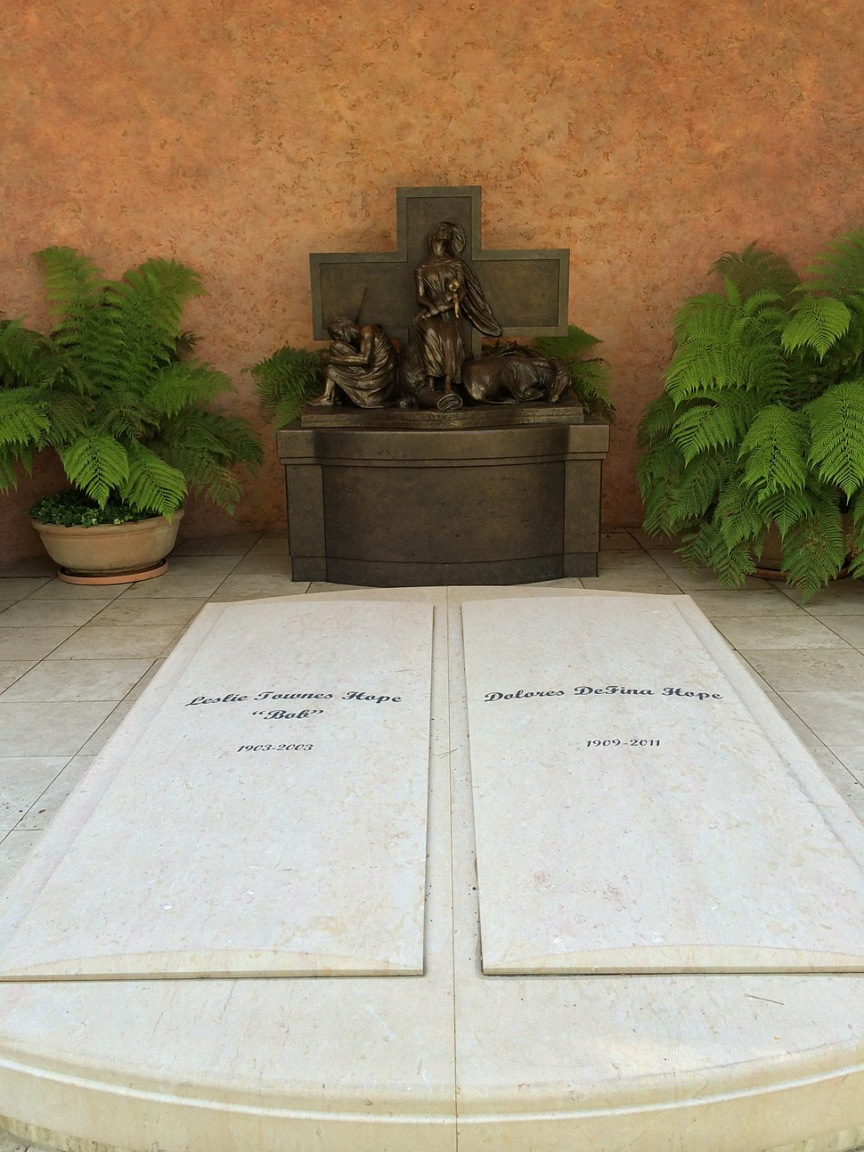 Bob Hope Grave