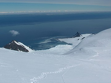 The strait from Livingston Island, with Antarctic Peninsula seen on the horizon Bransfield-Strait.jpg