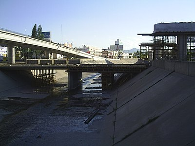 Bridges being built in the city, circa September 2005. The growing traffic in the city caused a massive construction plan for more and better roads. Bridge in Chihuahua City.jpg