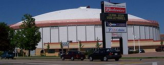 Brown County Veterans Memorial Arena Former entertainment venue in Ashwaubenon, Wisconsin