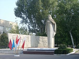 Budyonnovsk - Mother Motherland statue in the town