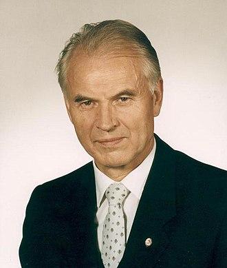1990 East German general election - Image: Bundesarchiv Bild 183 1989 1117 431, Hans Modrow, Dr